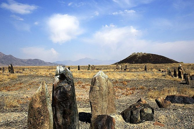 1 DAY TOUR Castle of Nomad's and Bes shatyr burial mounds
