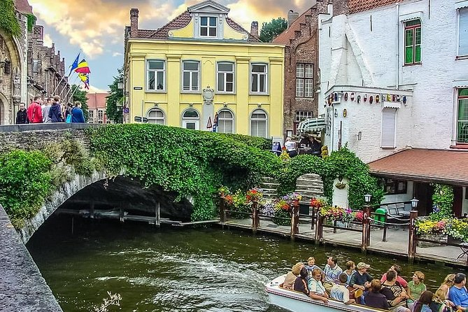 Private 10-hour Tour to Ghent and Bruges from Brussels with Hotel Pick Up