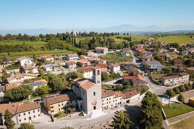 Explore the Lands of Custoza with E-bikes
