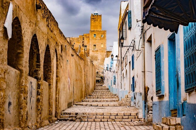 8-Day Tunisia Tour from Mainland to the Island from Tunis