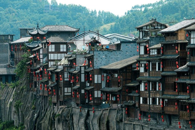 Flexible Chongqing Private Day Tour from Chengdu by Bullet Train