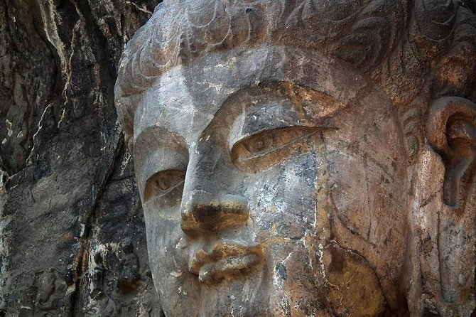 1-Day Longmen Grottoes & Shaolin Temple Tour from Xian by Round-way Bullet Train