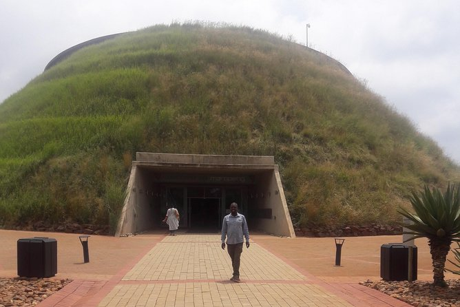 Cradle of human kind maropeng and sterkfontein Day Tours