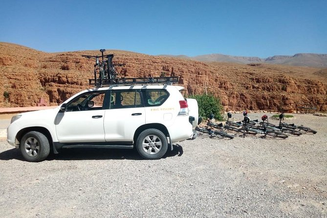 7 Days cycling road from Marrakech to Erg chabi in Morocco