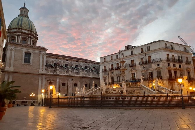 Palermo, walk in the old city and street food tasting