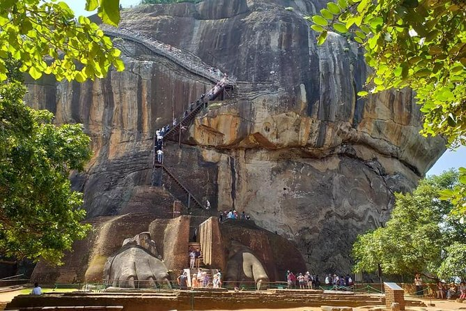 Kandy To Sigiriya Day Trip