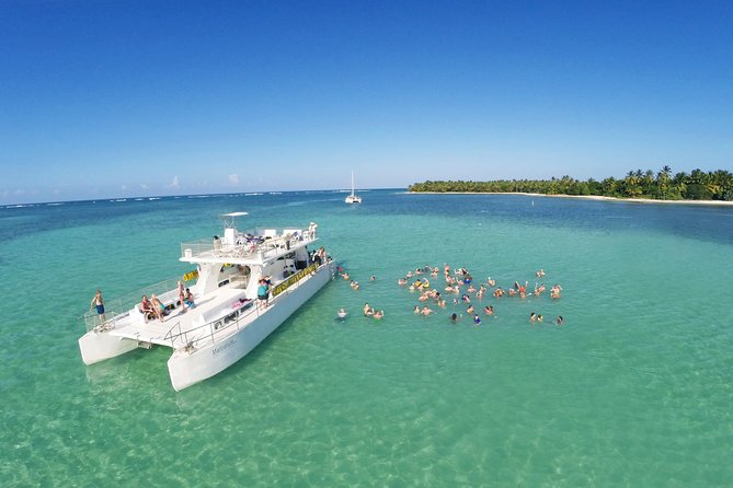 Party boat Catamarán Tour From Punta Cana