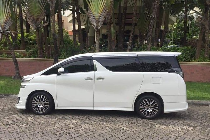 Private Transfer to or from Sangster International Airport to Boscobel