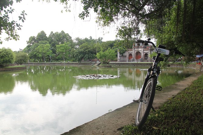 Travelling with protecting environment, riding electric bike & sightseeing Hanoi