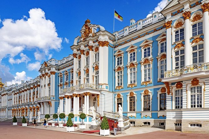 Private walking tour of St.Petersburg