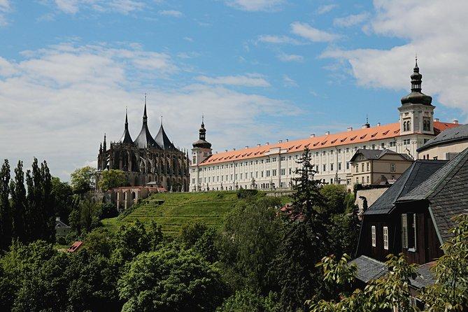 Kutna Hora Viagem privada de um dia a partir de Praga com almoço, entrada e comida local