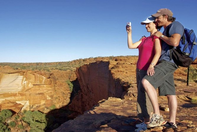 The Amazing Kings Canyon: 4-Hours Walking Tour and Hike