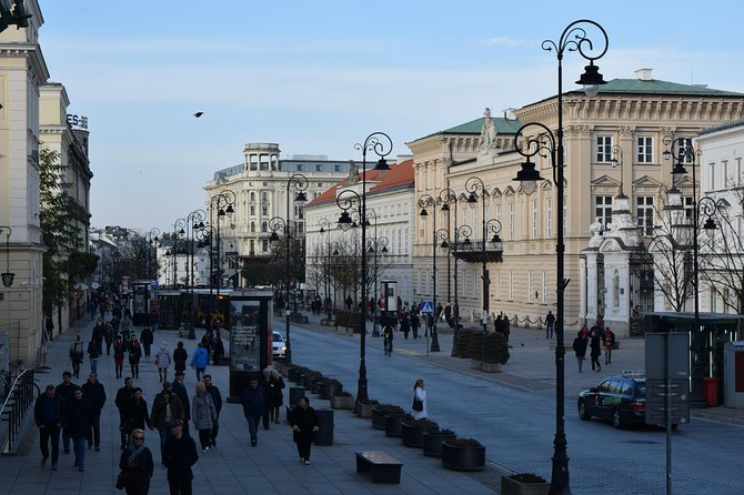 Budget City Tour   Warsaw: Royal Route with tour guide   10 €