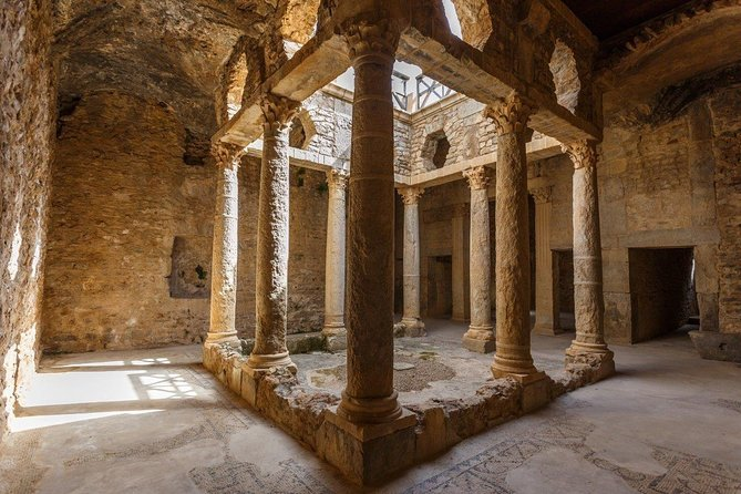 5-Day Tunis Bizerte and Dougga Guided Cultural Tour with Meals