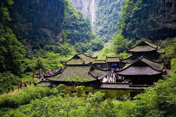1-Day Private Tour: Wulong Tiankeng Three Bridges and Fairy Mountain