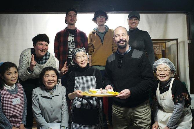 Experience Hana-Zushi Making with Local Grandmas in Gifu