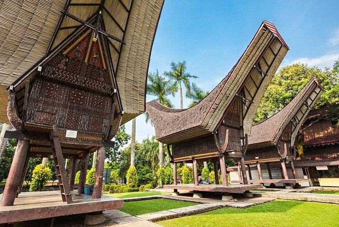 Guided Sightseeing Tour from Jakarta