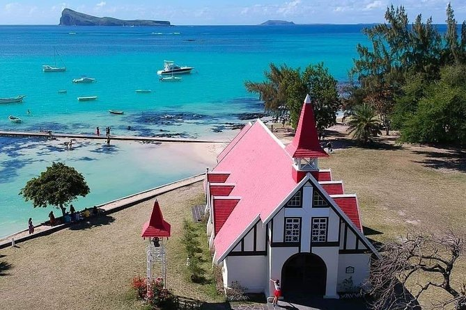 Pivate Guided Tour of North Mauritius from Quatre Bornes
