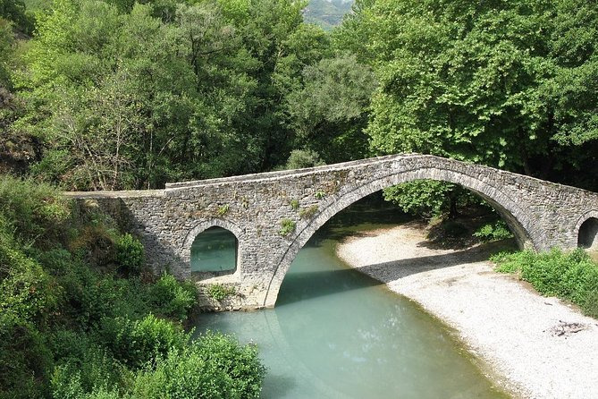 6 Day Alternative tour to Prettiest villages, Vikos Gorge, Mountains & Castles