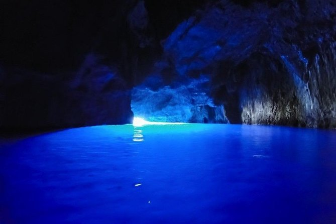 3 Hours Speed Boat tour to the Blue Cave