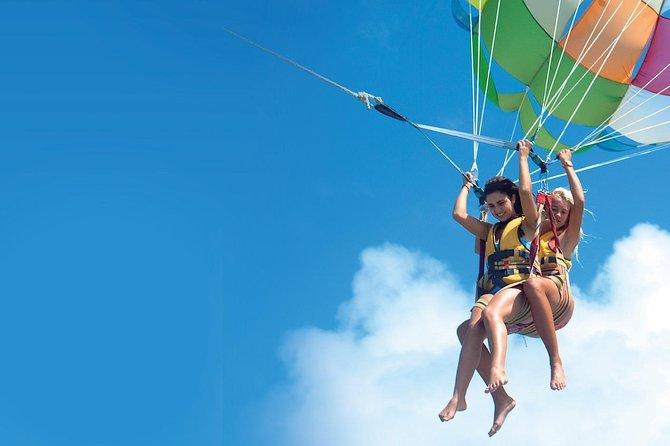 2-Hour Parasailing Adventure in Hurghada