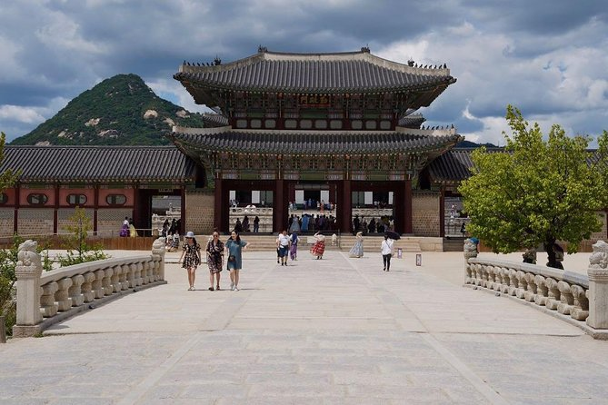 Seoul Highlights Full-Day Cultural Tour with Guide
