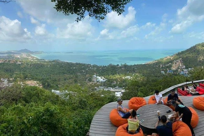 Private Driver with Customized Itinerary around Koh Samui 5 - 10 Persons