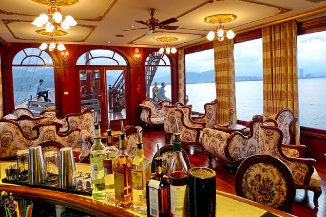 Sunset Tour in Nha Trang Emperor Cruise with Dinner