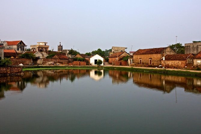 Full-Day Hanoi Ancient Villages and Bat Trang Tour with Lunch