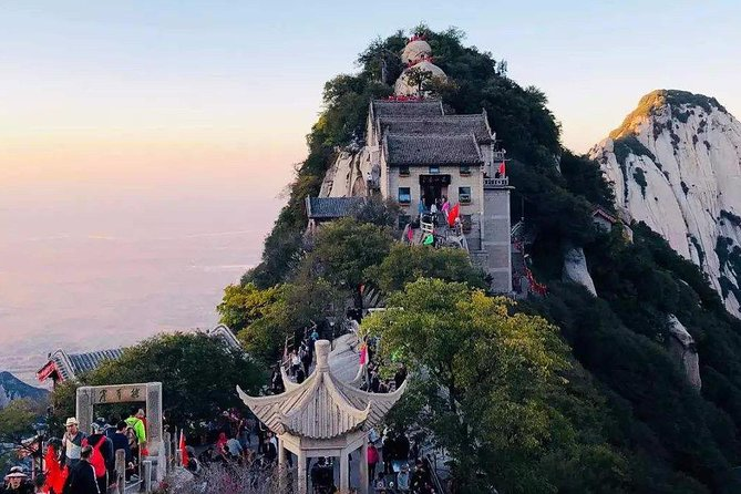 Xi'an Private Round Trip Transfer to Mount Hua