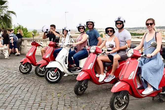 3 Hours Private Vespa Tour in Rome