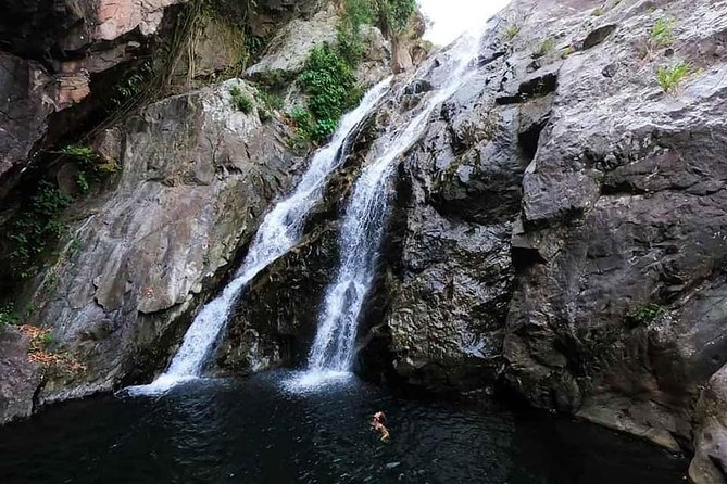 Private Transfer to The Secret Waterfall from Hoi An or Da Nang City (Roundtrip)