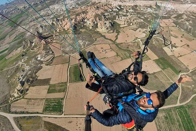 3 Hours Small Group Paragliding Adventure in Cappadocia