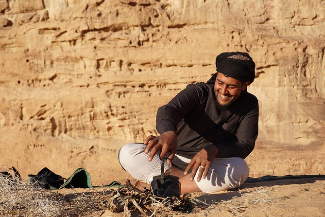 Half-Day Jeep and Hiking Bedouin Tour from Wadi Rum Village