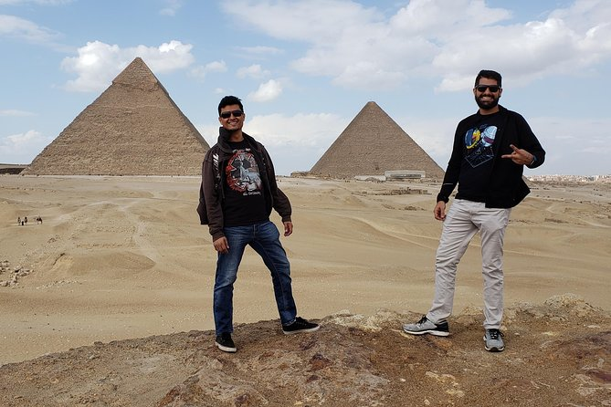 Full-Day Giza Pyramids and King Cheops Private Tour from Cairo