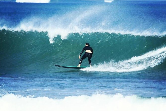 Surfing lessons, surfing school