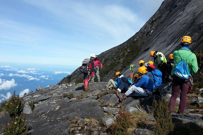2-Day Mount Kinabalu Climbing through Walk the Torq Route