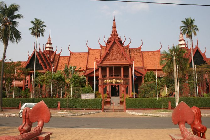 Private Full-Day Tour of Phnom Penh with Pickup