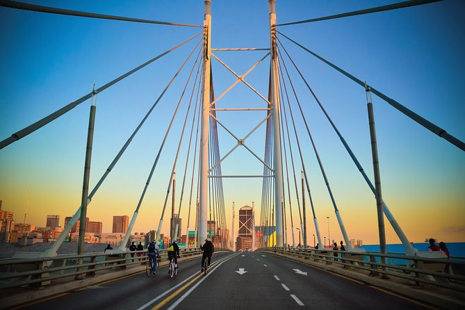 Half Day (Morning / Afternoon) Johannesburg and Soweto Highlights