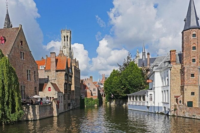 Private Transfer from Bruges to Brussels or (Brussel Airport = same price)