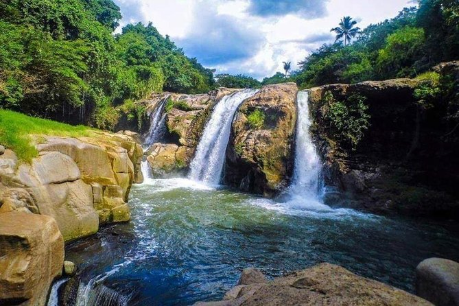 "Day Tour ""Salto Malacatiupan Hotspring waterfalls"" and Ataco colonial Village"