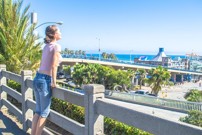 Self-Guided Tour of Santa Monica in Los Angeles with Fun Facts and Photo Ops