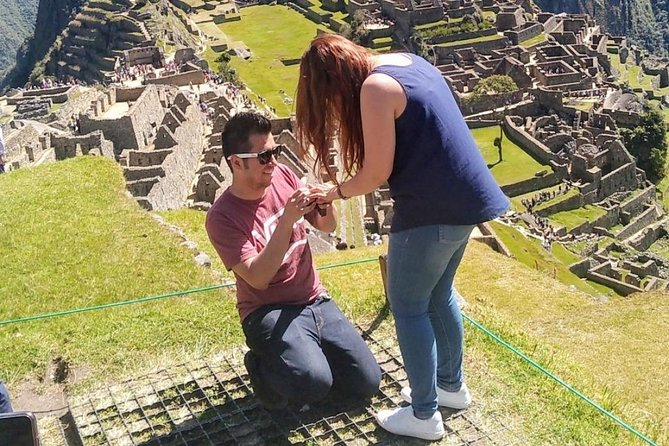 Professional Guide in Machupicchu (Private Tours and Groups)