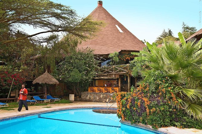 7-Day Safari Tour of Kenya from Nairobi with Accommodation