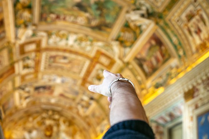 Skip-the-Line Tour Sistine Chapel and St. Peter's Dome