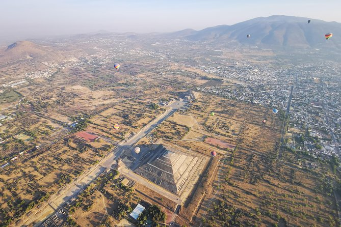 From Mexico City: Hot Air Balloon Flight & Teotihuacan Private Tour