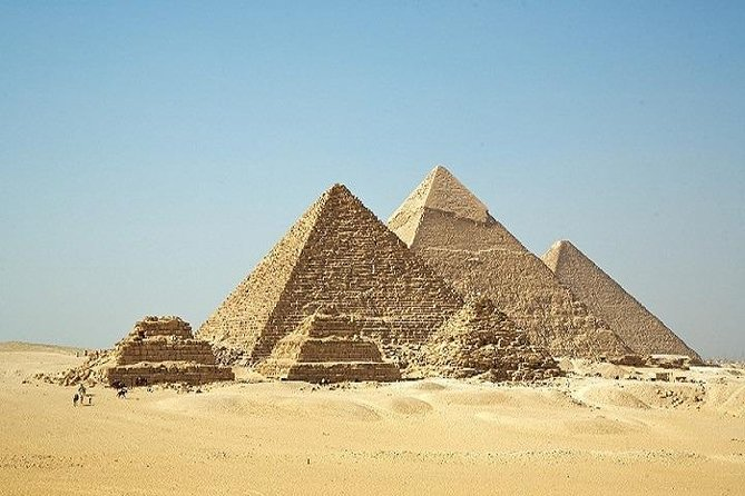 2-Day Private Tour to Giza and Cairo with Dinner Cruise Show