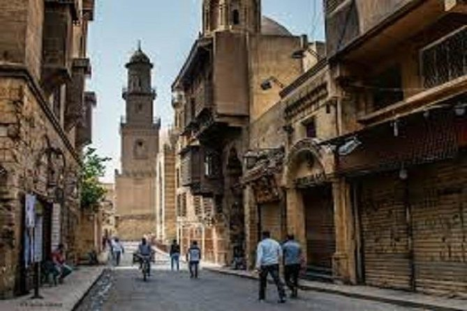 2-Day Private Guided Cultural Tour of Cairo with Hotel Pick up