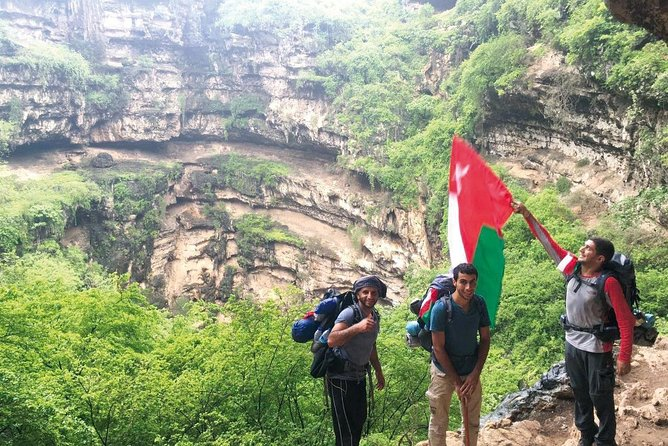 Full Day Private Guided Hiking Tour of Salalah