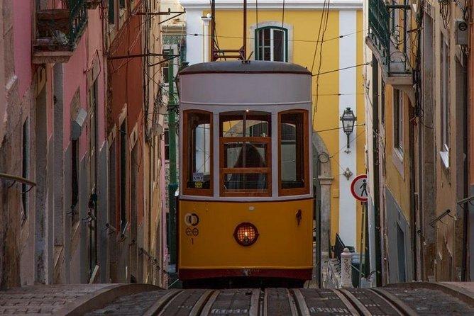 Private Tuk Tuk Experience in Lisbon